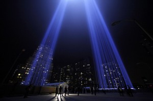 """The """"Tribute in Lights"""" is seen in lower Manhattan on the 10th anniversary of the 9/11 attacks on the World Trade Center, in New York September 11, 2011. REUTERS/Eric Thayer (UNITED STATES - Tags: ANNIVERSARY DISASTER)"""