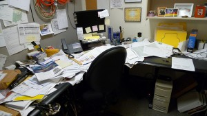 Cluttered desk, cluttered mind