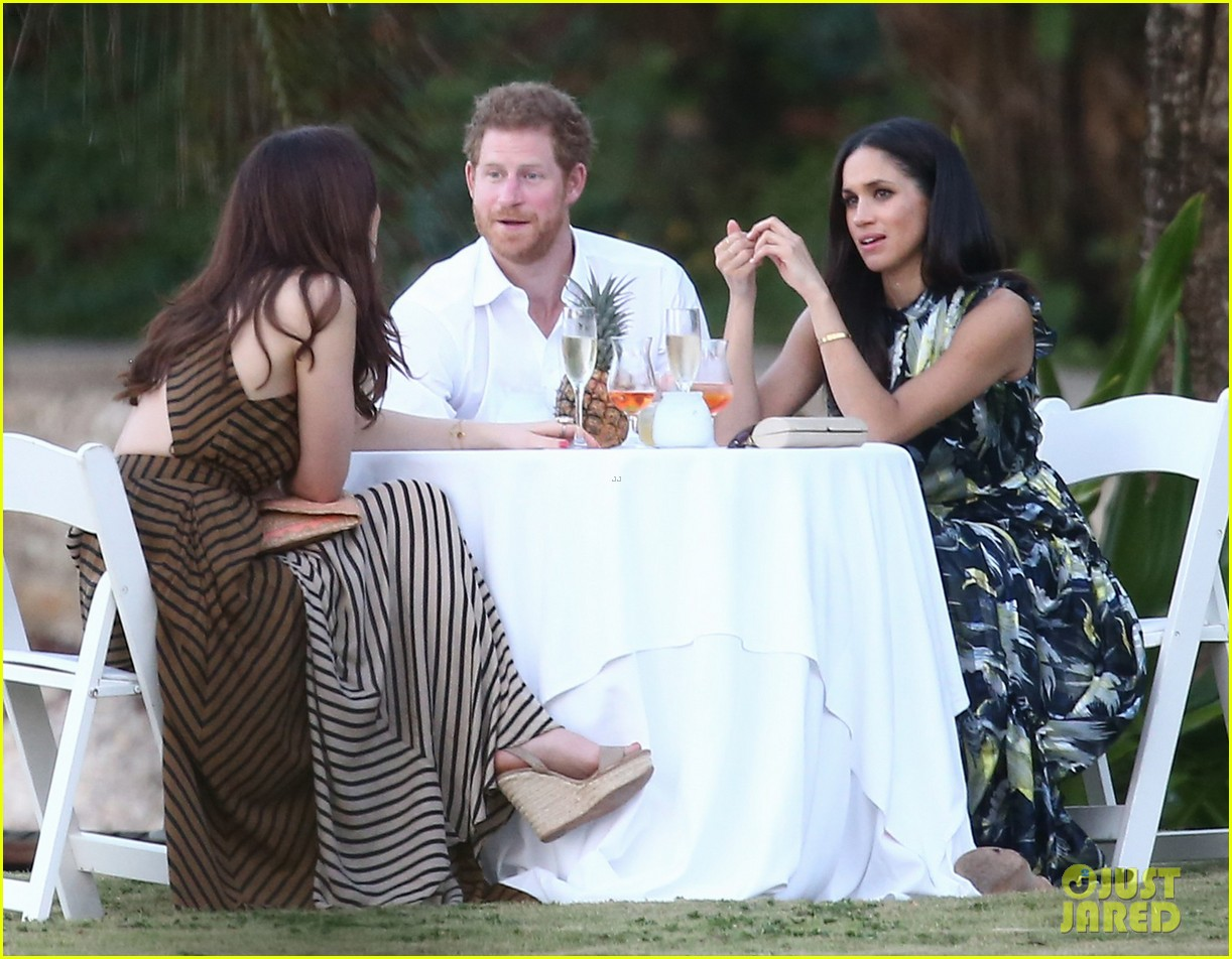 Prince Harry has Priyanka Chopra\u0027s blessing to marry her friend, Meghan  Markle.